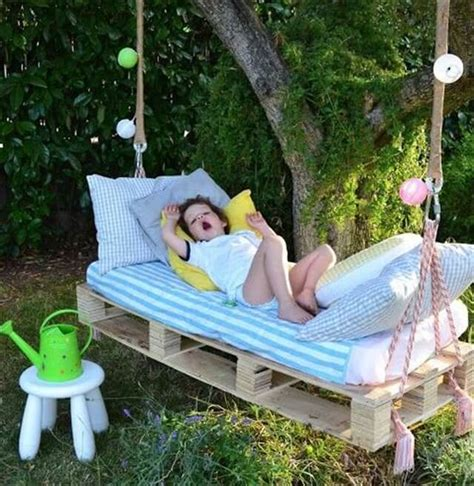 diy pallet swing bed 33 pallet swings chair bed and bench seating plans