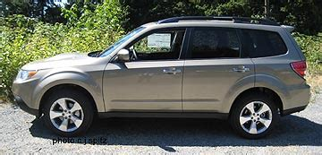 2009 subaru forester photos and images