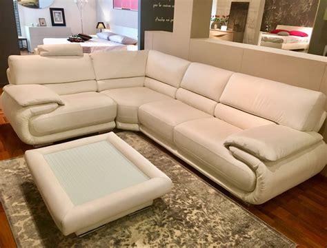divani in pelle scontati divano modello jerba in pelle offertissima divani a