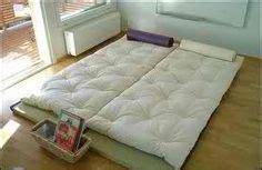 Japanese Floor Mattress by Floor Bed Ideas On Japanese Futon Minimalist Bedroom And Futons