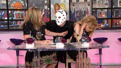 kathie lee gifford producer watch a producer sneak up on kathie lee gifford and jenna