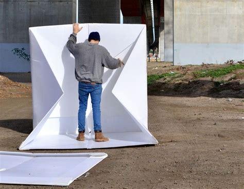 Tenda Anak 2 Meter unik tenda darurat ini terbuat dari lembaran plastik