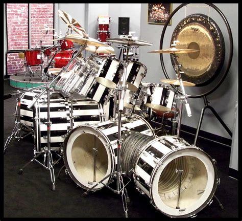 Tshirt Pearldrum 03 a study of alex halen s bass drums