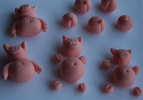 la mare aux cochons g 226 teaux d 233 lices