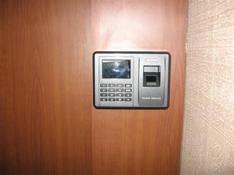Kunci Pintu Otomatis Sidik Jari akses kontrol pintu dengan sidik jari doovi
