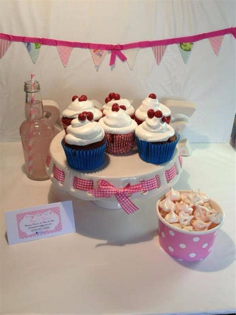 how to make yankee doodle cupcakes yankee doodle dandy week the totally awesome bits the