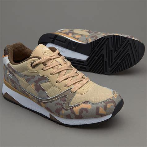 Sepatu Basket Merek Diadora sepatu sneakers diadora v7000 camo beige mojave desert