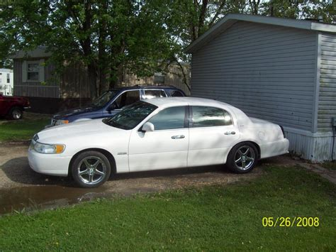 how can i learn about cars 1998 lincoln mark viii transmission control hippie1960 1998 lincoln town carsignature sedan 4d specs photos modification info at cardomain