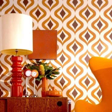 V51 Wallpaper Sticker Motif Vintage Brown papier peint orange kitsch par graham brown objet d 233 co
