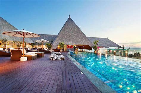 hotels  kuta  places  stay  kuta