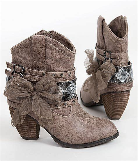25 best ideas about boots on ankle