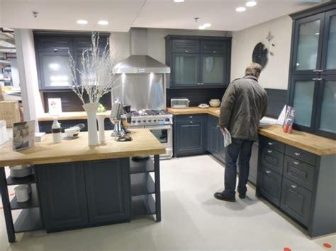 cuisine bleu nuit cuisine bleu nuit castorama cuisine nous a fait 224