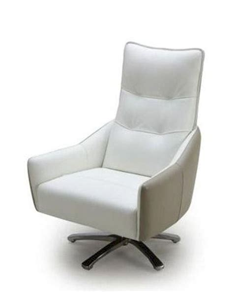 Contemporary Leather Lounge Chairs by Contemporary White And Taupe Leather Lounge Chair 44lg883