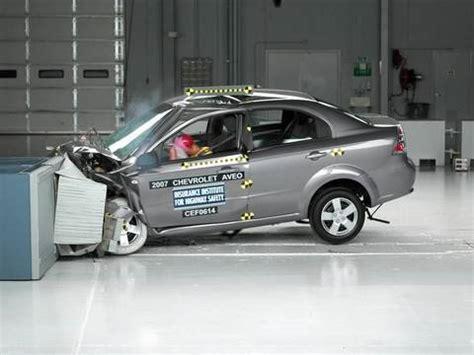 chevrolet aveo crash test 2007 chevrolet aveo moderate overlap iihs crash test