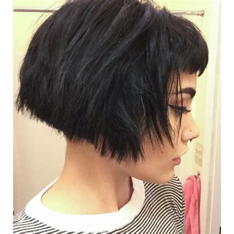 choppy nape length bob triangle one length bob with bangs and 3 inch undercut by
