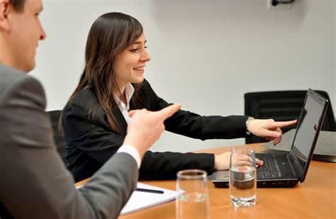 Bewerbungsschreiben Ausbildung Gro Und Au Enhandelskaufmann ausbildung zum kaufmann frau im gro 223 und au 223 enhandel