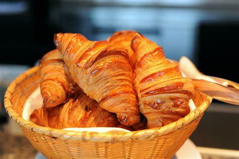 interno 18 cronaca la sammontana blocca la vendita dei croissant filamenti