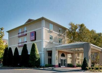 comfort suites airport nashville tn comfort suites airport nashville deals see hotel photos