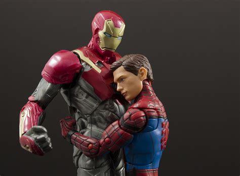 Ironman Invinsible Marvel Legends Baf Okoye marvel legends homecoming spider iron two pack