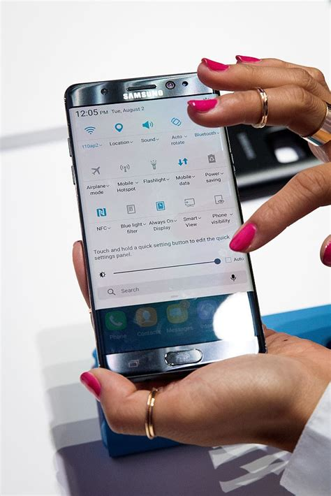 samsung galaxy s8 new leak hints specs price availability