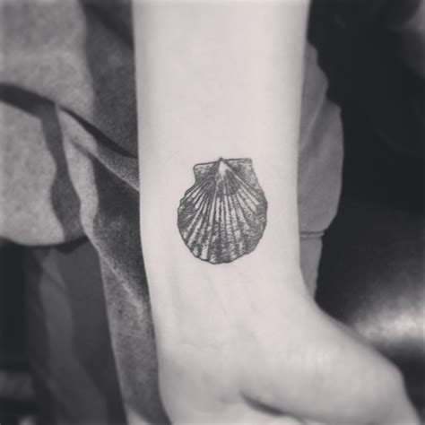 black and white wrist tattoos 15 dashing seashell wrist tattoos