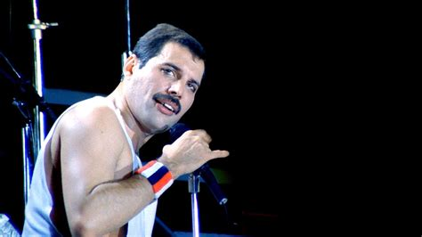 biography of freddie mercury in english queen cool cat youtube