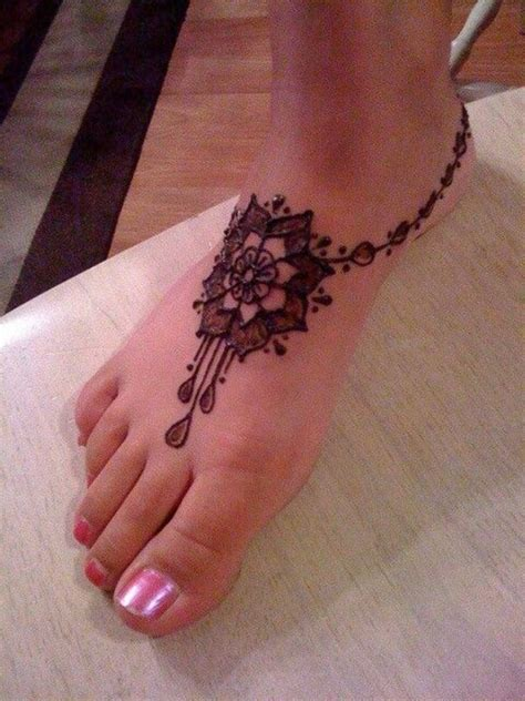 cool ankle tattoos cool henna on right foot