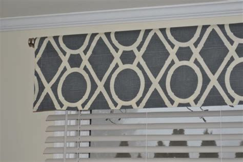valence kitchen curtains pinterest black pattern modern valances and valances Contemporary Valance Curtains Ideas