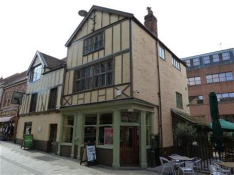 Dog House Norwich Whatpub Com
