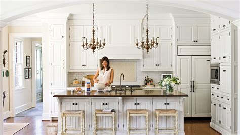 25 traditional kitchen designs for a royal look all time favorite white kitchens southern living