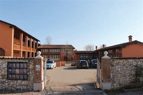 appartamenti a brescia affitto breve termine brescia residence cascina volta