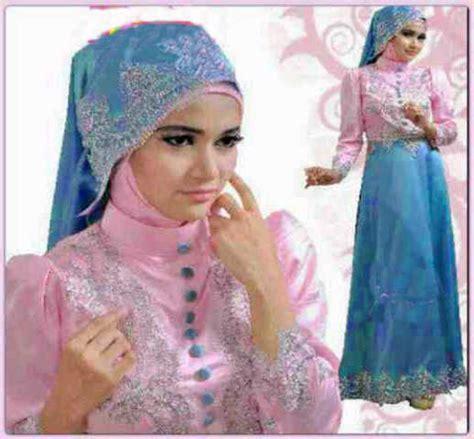 Blus Batik Batik Pesta Pasangan Biru model gamis terusan model baju batik modern design bild