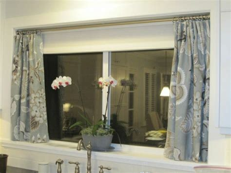 kleine badezimmerfenster vorhang ideen badezimmer design wunderbar gardinen f 252 r badezimmer ideen