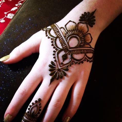 beautiful mehndi art  simple designs tattoos henna designs easy beginner henna designs