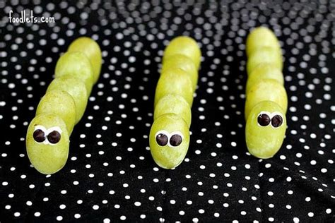 how to make green grape caterpillars   Foodlets