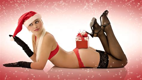wallpaper christmas babe christmas babe widescreen wallpaper by desktopgirls com