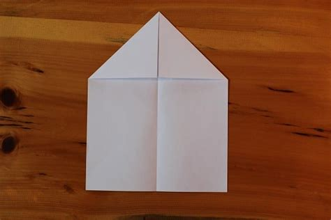 How To Make A Paper Airplane That Flips - the best paper airplane how to make a paper airplane