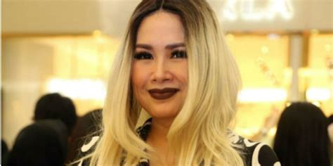 Rambut Palsu Di Makassar wah kini titi dj jualan rambut palsu