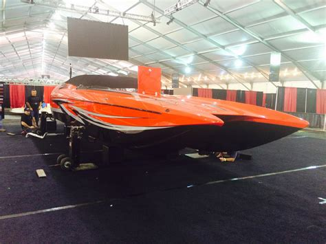 dcb boats dcb bringing boats to the car guys again powerboat nation