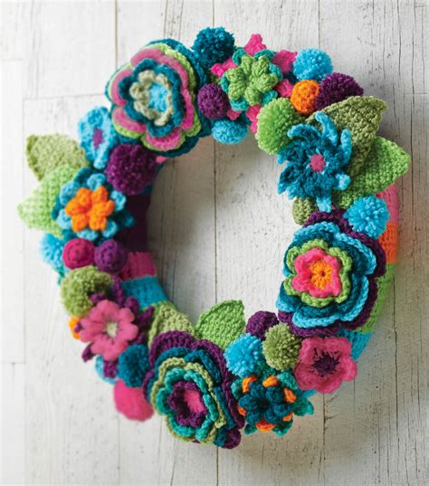www coatsandclark crafts crochet projects crochet flower wreath joann jo