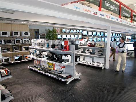 arredamento negozio telefonia arredosi arredamenti negozi elettronica telefonia