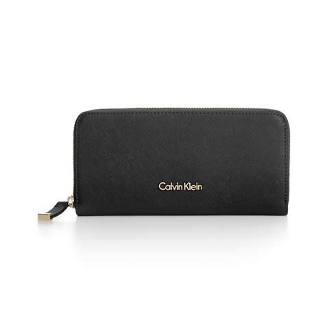 calvin klein ck wallet lyst calvin klein saffiano zip around wallet in black