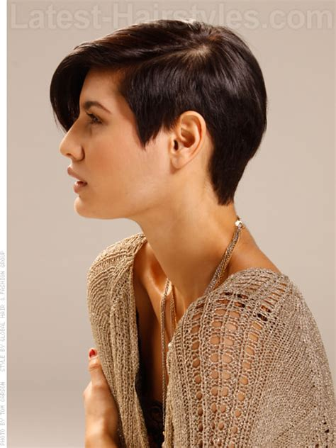 how to cut one side shorter and the other longer haircuts this just in the 20 trendiest short hairstyles for fall