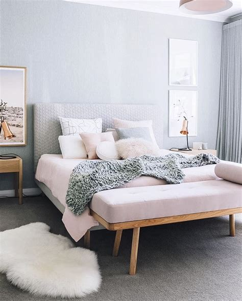pink bedroom cushions 1000 ideas about pink grey bedrooms on pinterest grey 12835 | 9090822891f708527e317db73dbe4dad
