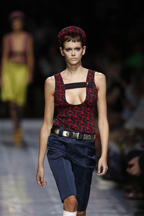 kaia gerber prada kaia gerber walks prada show at milan fashion week 09 20