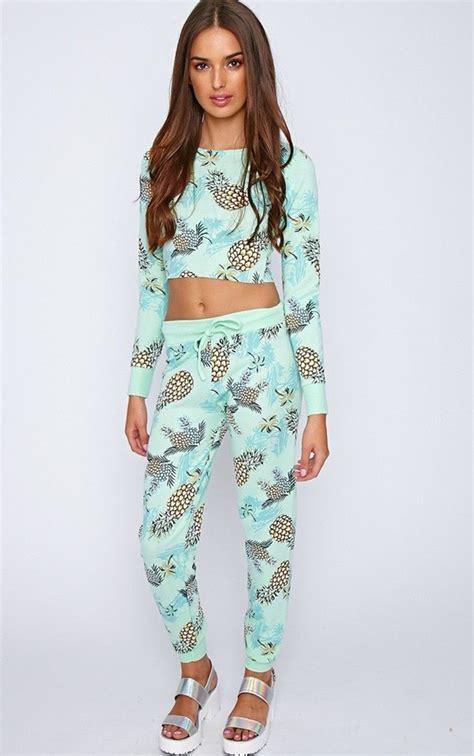 Pajamas: pinapple cute green light blue crop must have