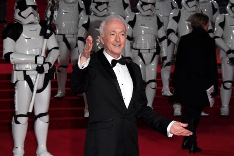 anthony daniels hates stars wars things the stars actually hate about the movies