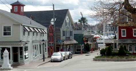 scenes from kennebunkport maine charming dock square