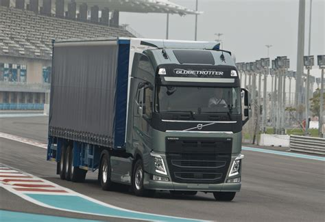 heavy duty volvo trucks for volvo fh to receive heavy duty facelift