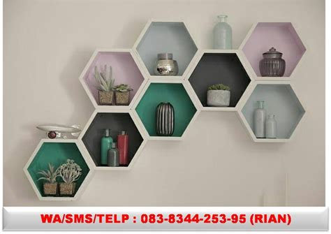 Rak Gantung Hexagonal best 25 rak dinding ideas on rak kayu ruang